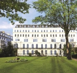 New Development for sale in Kensington Gardens Square view1