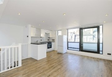 House to rent in Huntsworth Mews view1