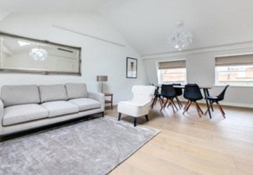 Duplex to rent in Marylebone Lane view1