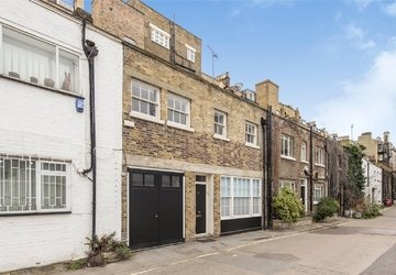 House to rent in Park Crescent Mews West view1