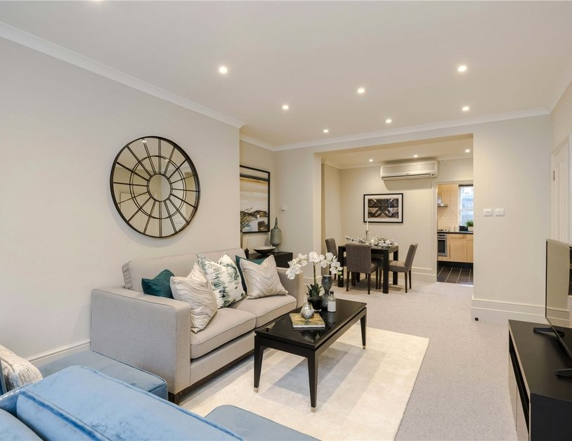 Maisonette for sale in Bentinck Street view8