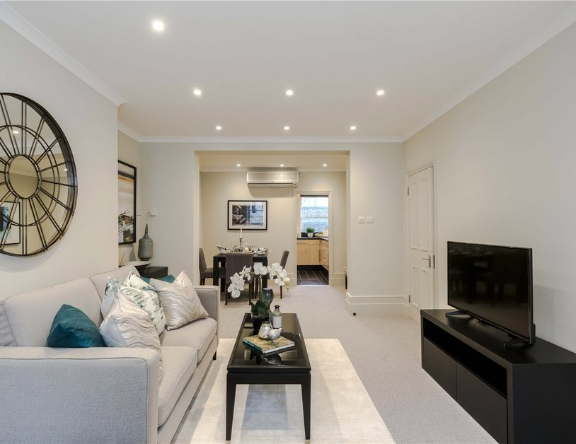 Maisonette for sale in Bentinck Street view7