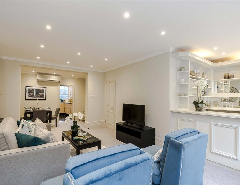Maisonette for sale in Bentinck Street view10