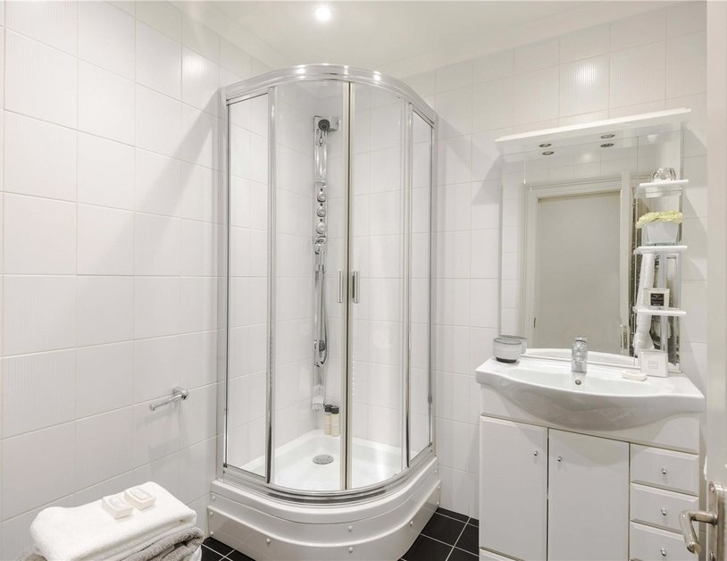 Maisonette for sale in Bentinck Street view19