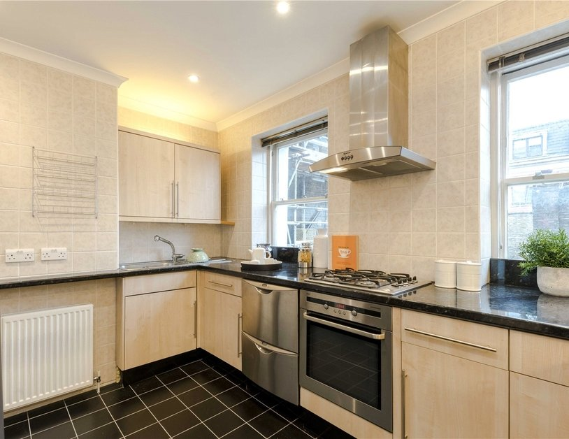 Maisonette for sale in Bentinck Street view17