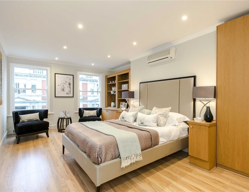 Maisonette for sale in Bentinck Street view5