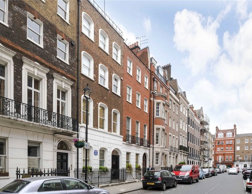 Maisonette for sale in Bentinck Street view2