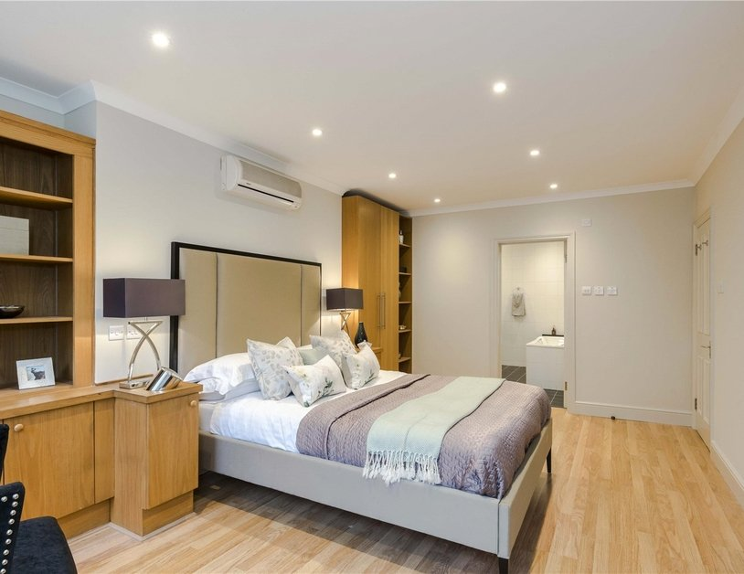 Maisonette for sale in Bentinck Street view22