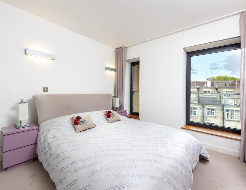 Apartment for sale in Bolsover Street view8