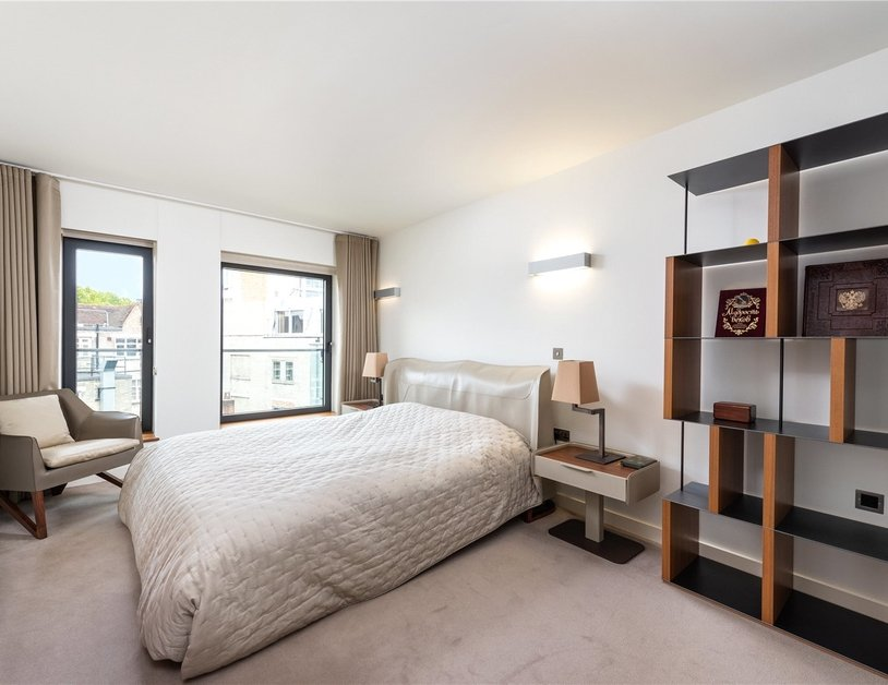 Apartment for sale in Bolsover Street view4