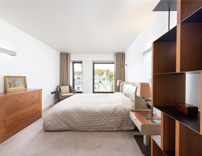 Apartment for sale in Bolsover Street view9