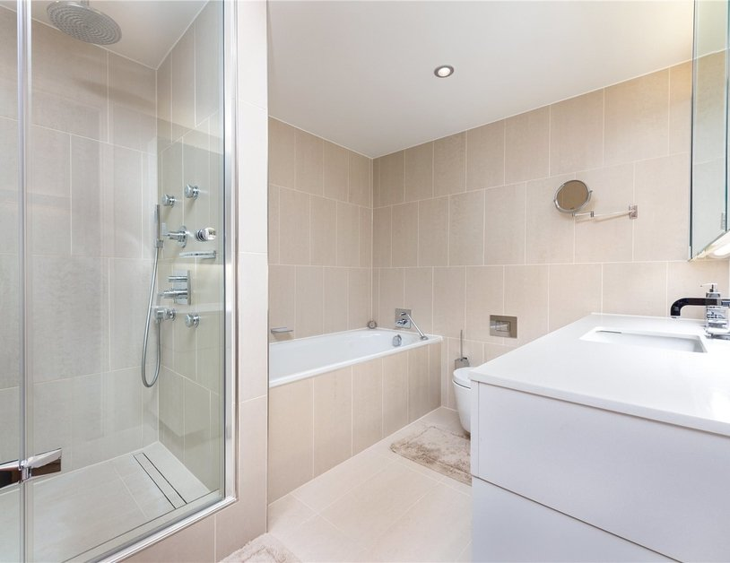 Apartment for sale in Bolsover Street view10