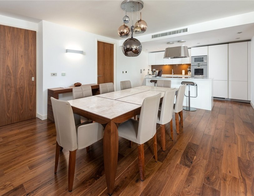 Apartment for sale in Bolsover Street view12