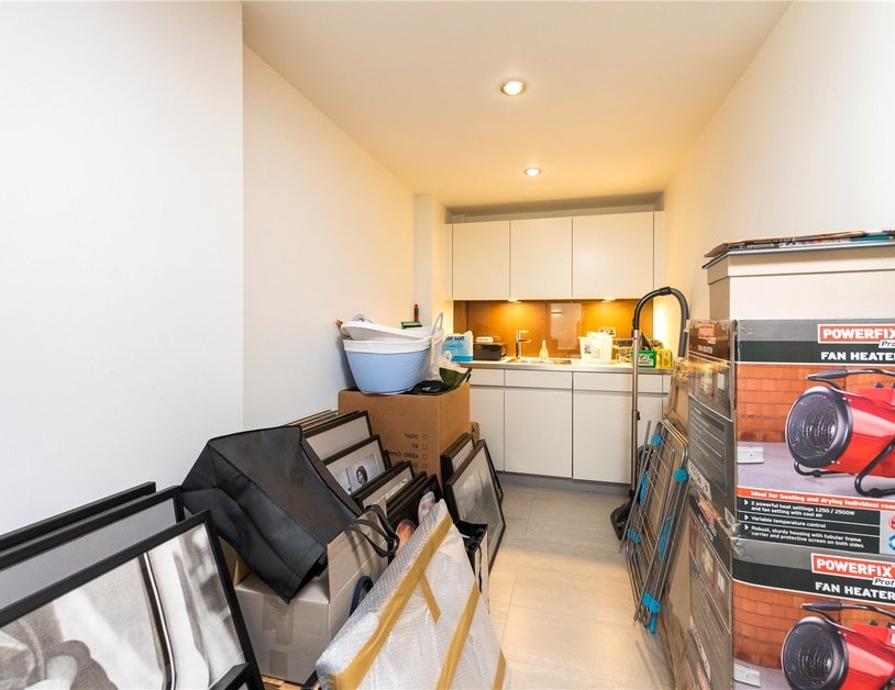 Apartment for sale in Bolsover Street view16