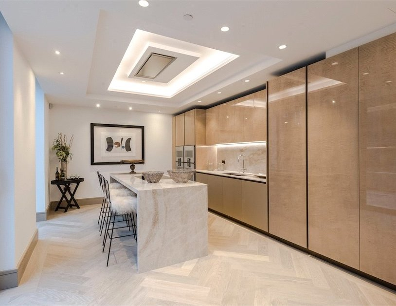 Duplex for sale in Chiltern Street view2