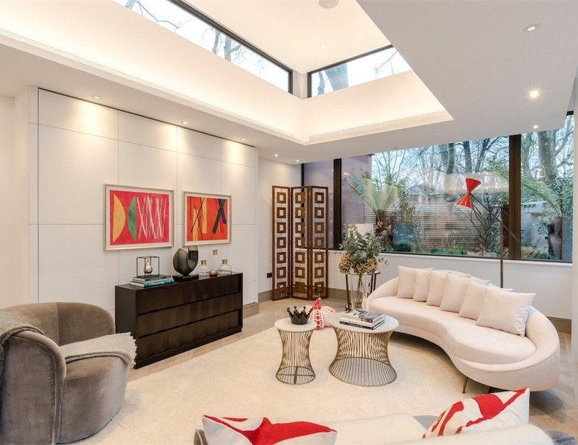 Duplex for sale in Chiltern Street view9