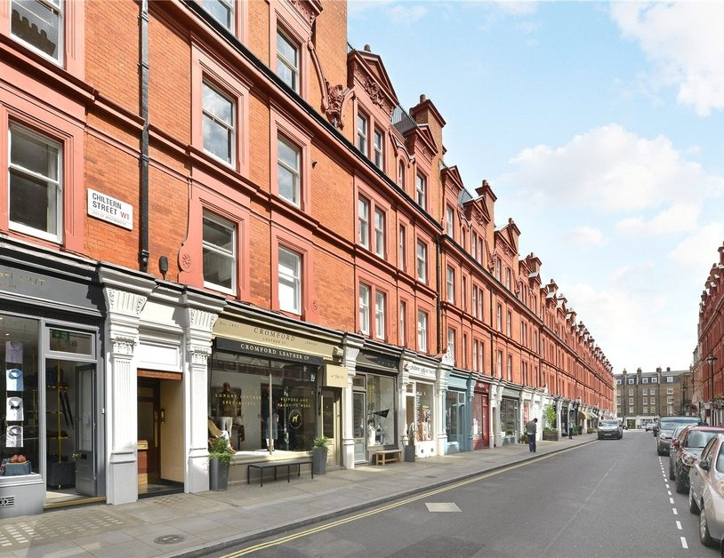 Apartment sold in Chiltern Street view9