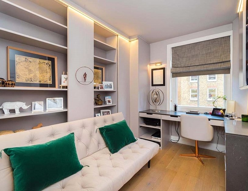 Apartment sold subject to contract in Chiltern Street view11