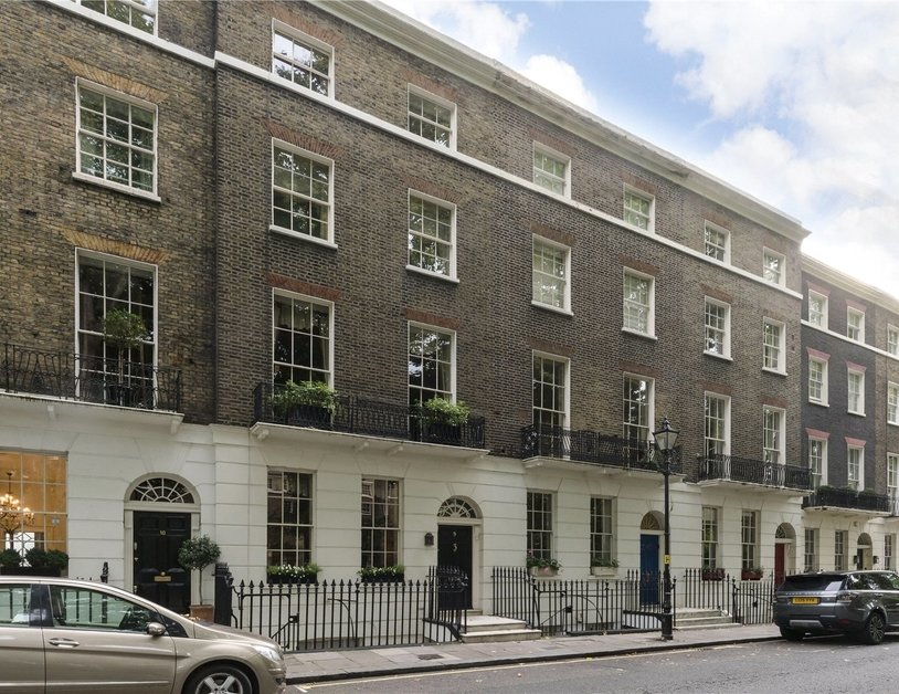 House sold in Connaught Square view11