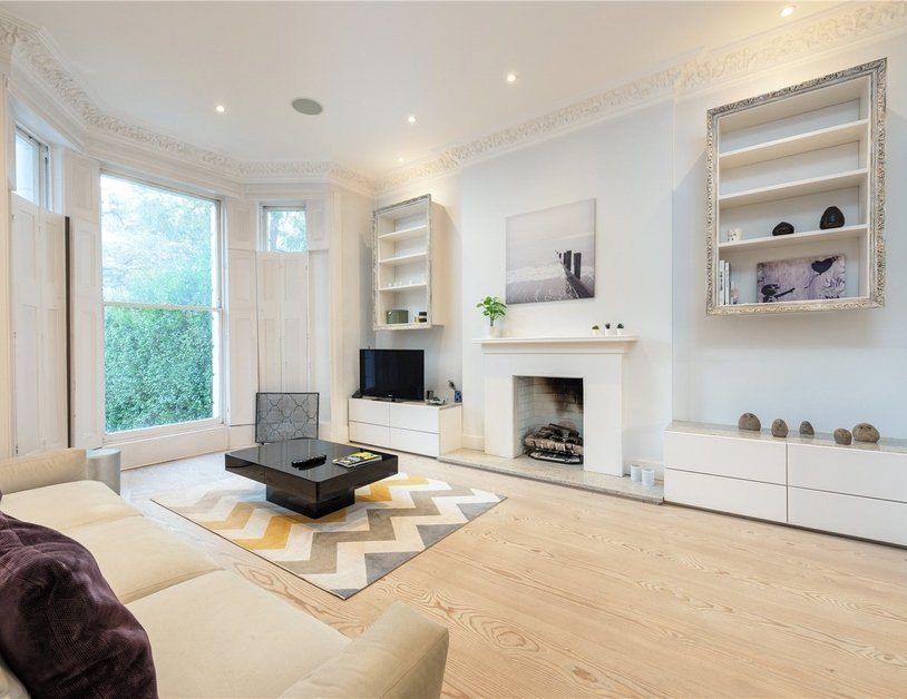 Apartment for sale in Elsham Road view1