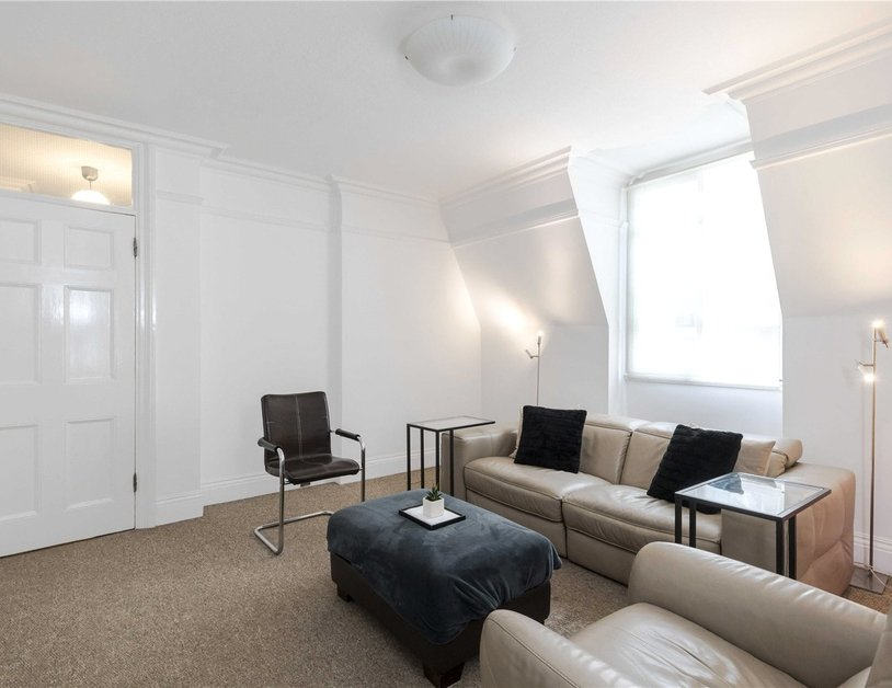 Apartment for sale in Glentworth Street view4