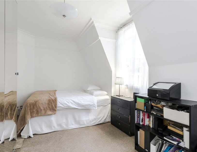 Apartment for sale in Glentworth Street view7