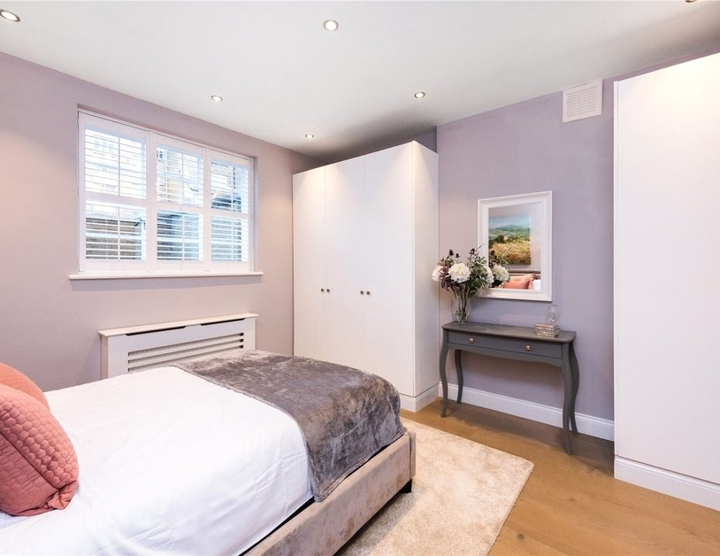 Apartment for sale in Gloucester Terrace view10