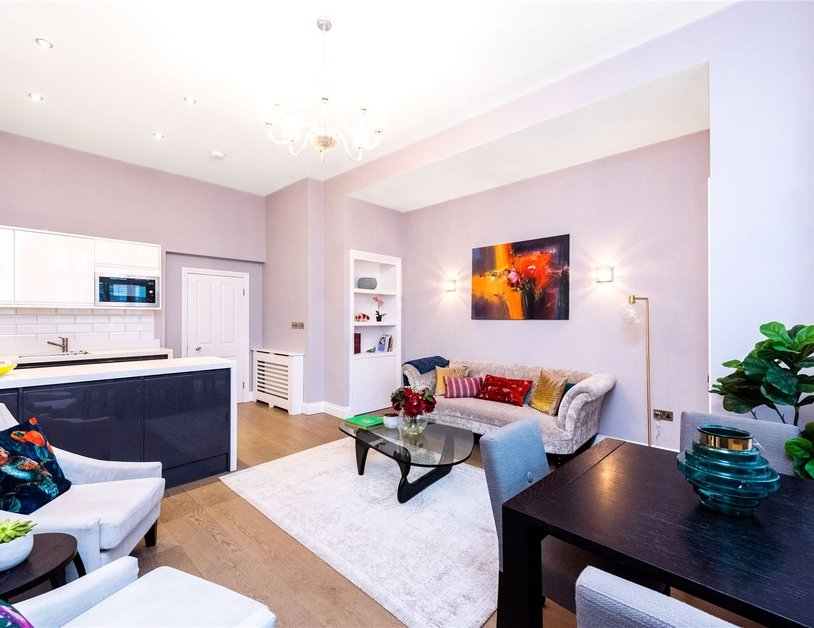Apartment for sale in Gloucester Terrace view11