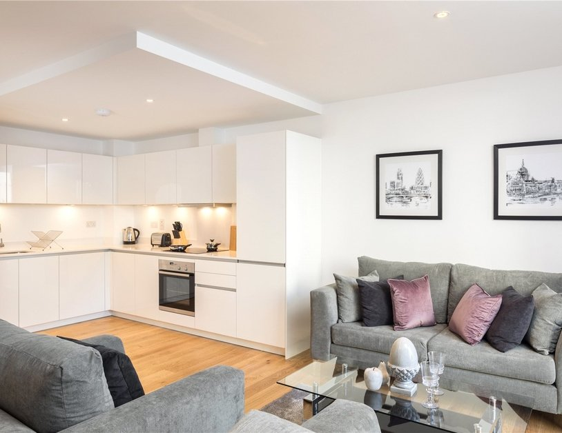 Apartment for sale in Grays Inn Road view3