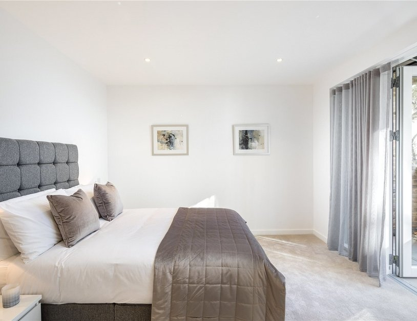 Apartment for sale in Grays Inn Road view8