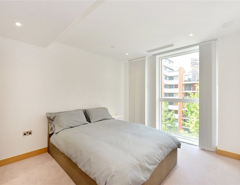 Apartment for sale in Hermitage Street view6-thumb