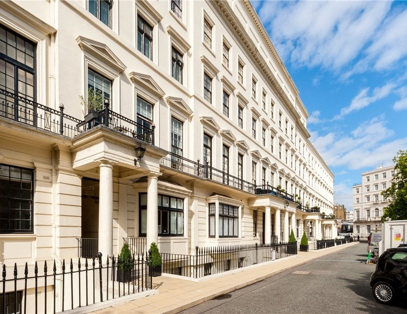 Apartment For Sale In Hyde Park Gardens View1