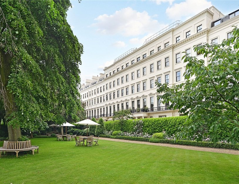 Apartment for sale in Hyde Park Gardens view2