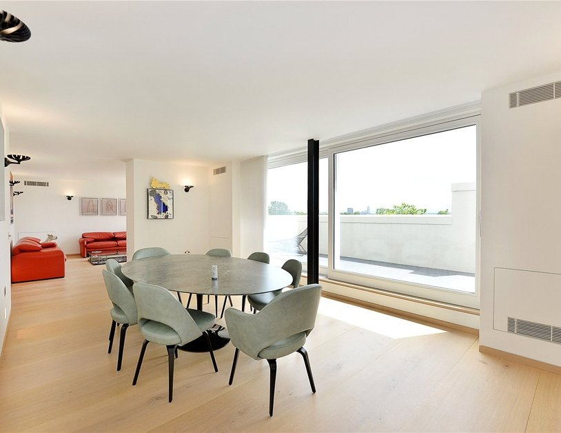 Penthouse for sale in Hyde Park Place view4
