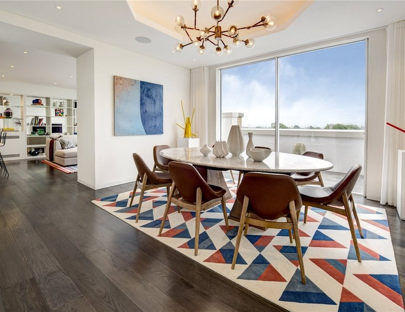 Penthouse for sale in Hyde Park Place view2-thumb