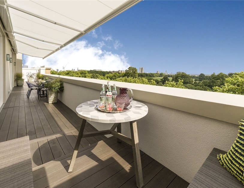 Penthouse for sale in Hyde Park Place view3