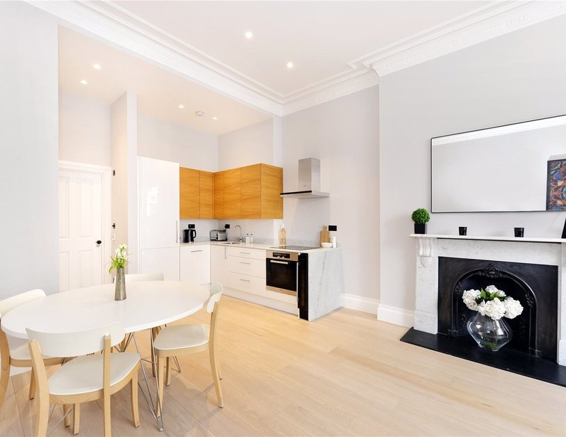Apartment for sale in Kensington Gardens Square view9