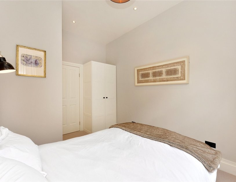 Apartment for sale in Kensington Gardens Square view11