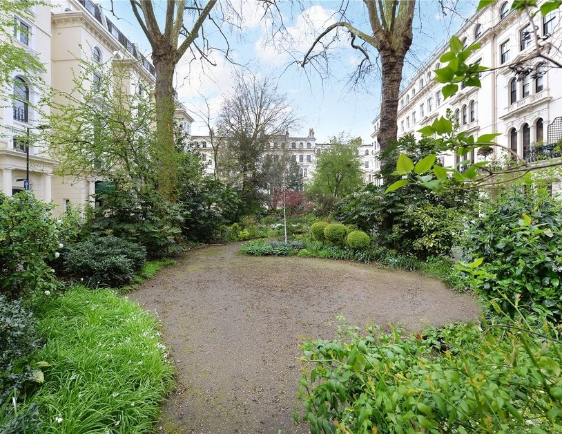 Apartment for sale in Kensington Gardens Square view6