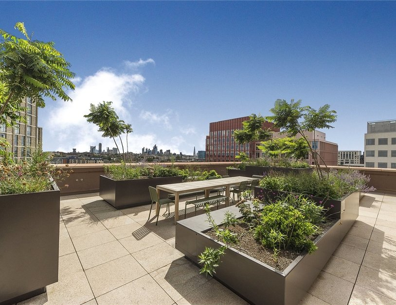 Apartment sold in Lewis Cubitt Walk view7-thumb