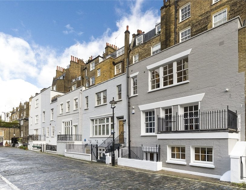 Apartment for sale in Montagu Square view14