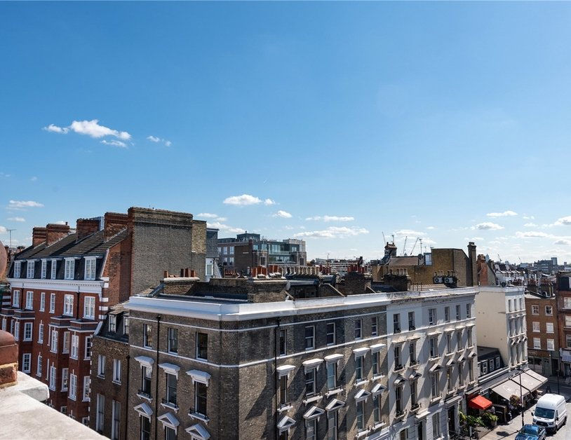 Apartment sold subject to contract in Nottingham Place view6
