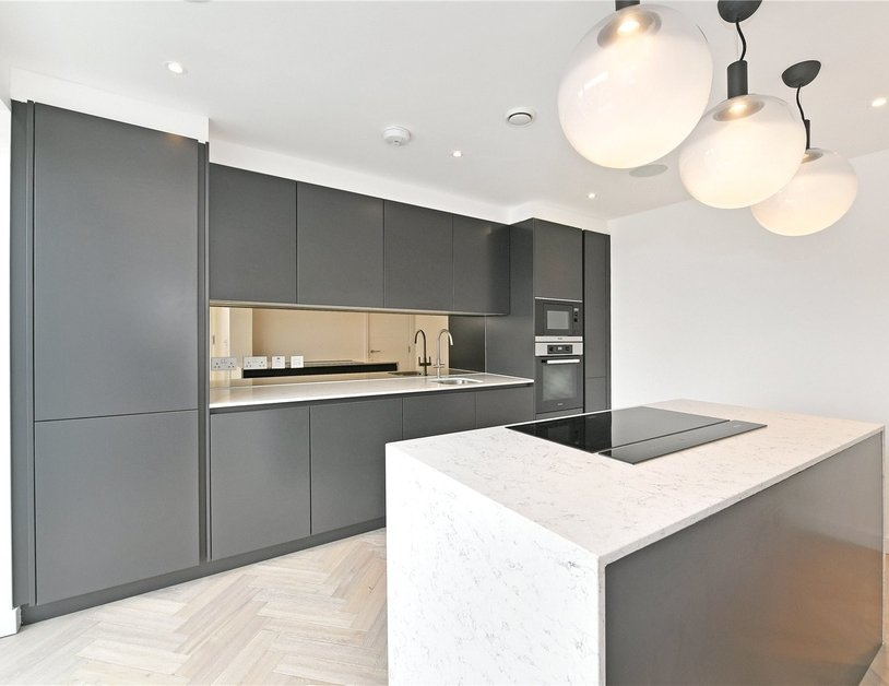 Penthouse for sale in Pentonville Road view3