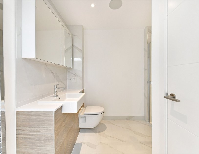 Penthouse for sale in Pentonville Road view11