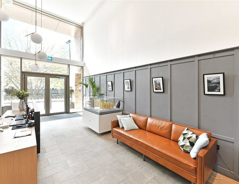 Apartment for sale in Pentonville Road view24