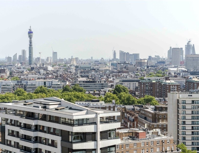 Apartment sold subject to contract in Quadrangle Tower view4