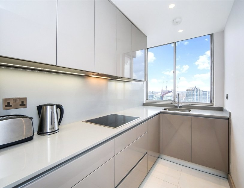 Apartment for sale in Quadrangle Tower view2-thumb