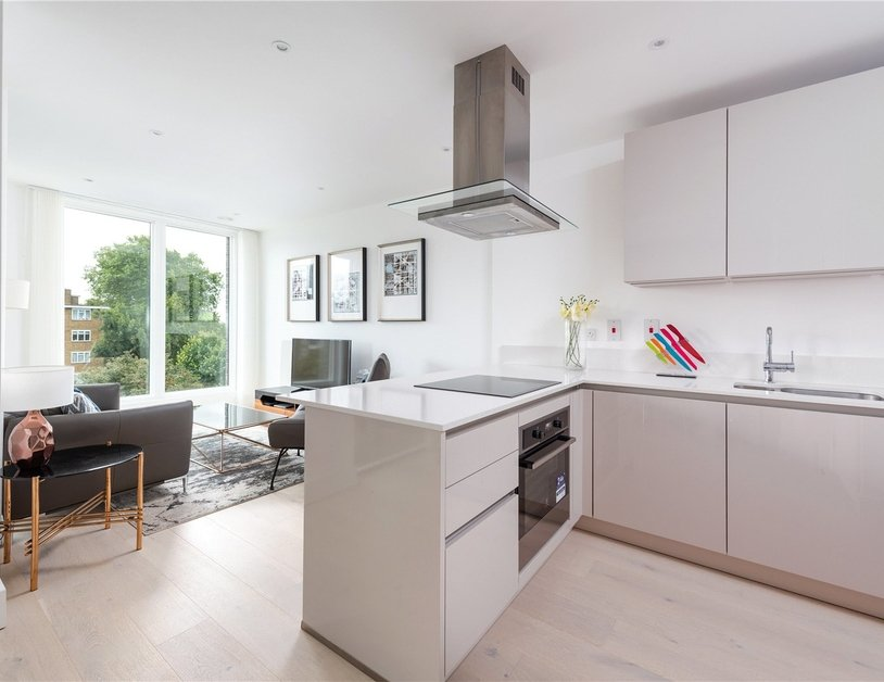 Apartment for sale in St. Pancras Way view2