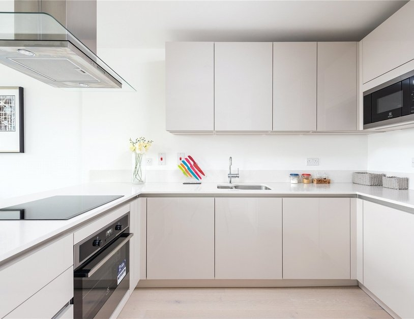 Apartment for sale in St. Pancras Way view9