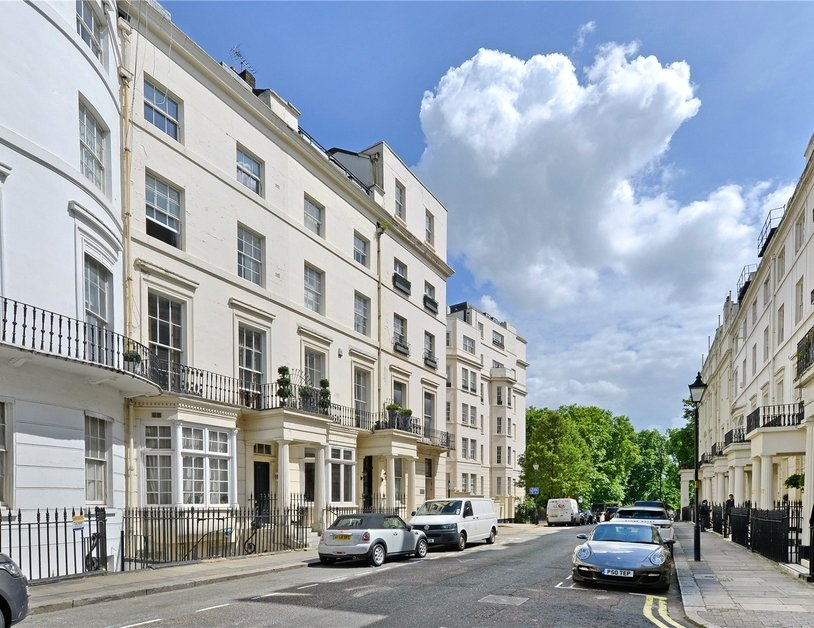 Apartment sold in Stanhope Place view2